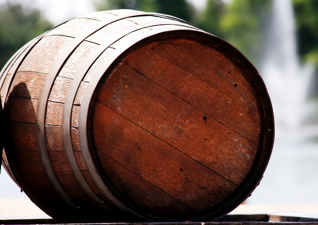 single wine barrel
